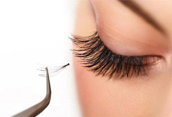 Eyelash extension: types, techniques, effects