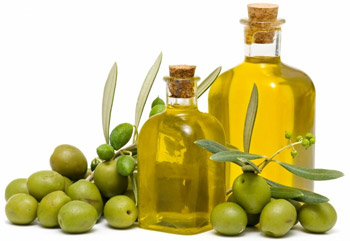 A miracle remedy: hair masks with olive oil